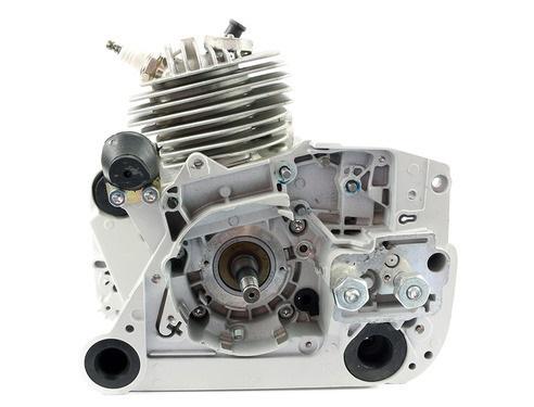 Chainsaw engine